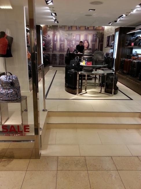 TUMI Store Kö-Galerie,