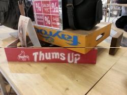 Thumbs Up deco