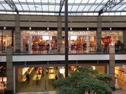Pull & Bear CentrO (in...
