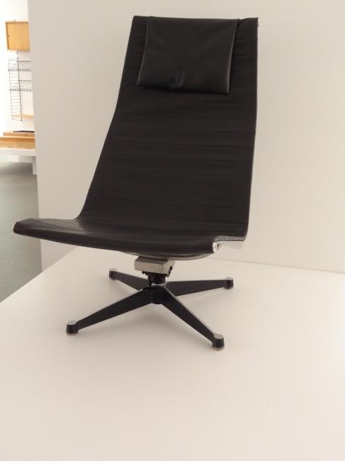 Design chair, Pinakothek der Moderne, Munich