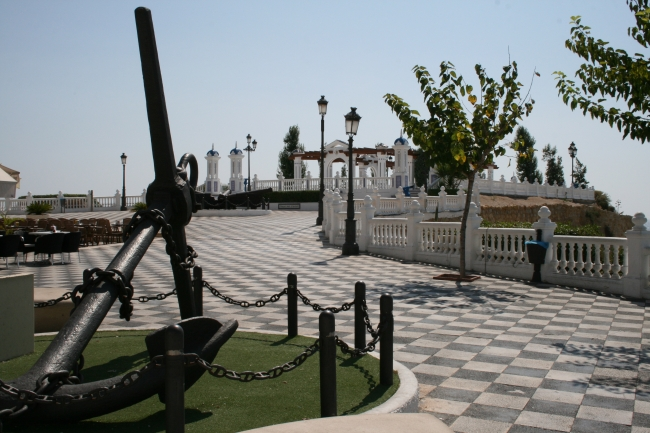 Anchor at the Castel,