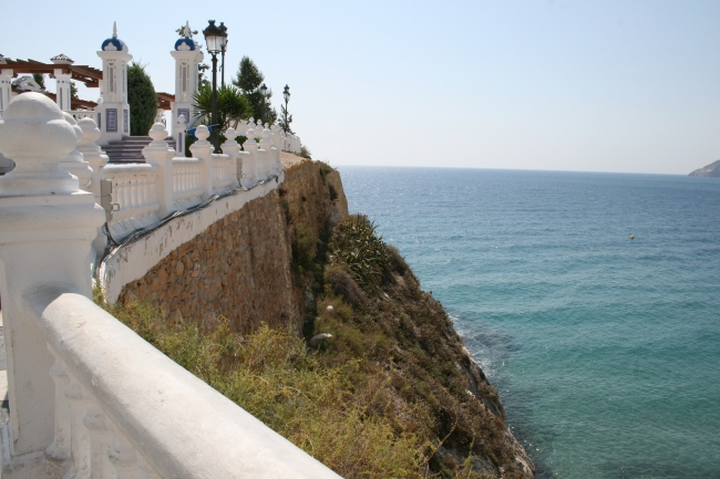 Steep cliff at the Castel,