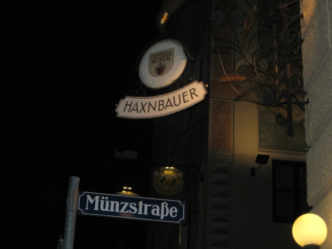 Haxnbauer auf der Münzstraße,
