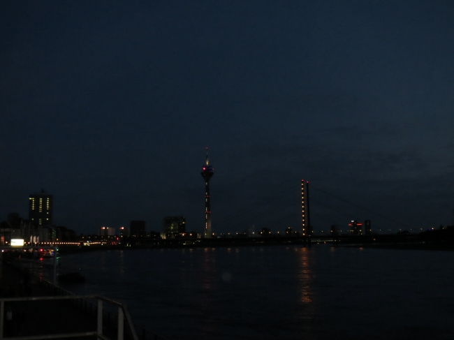 Düsseldorf Skyline 2,