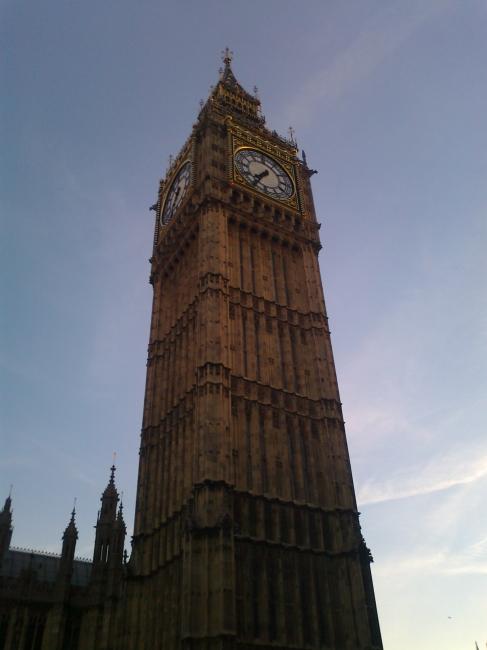 Big Ben, ~19:30