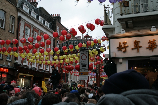 Crowds storming into Chinatown,