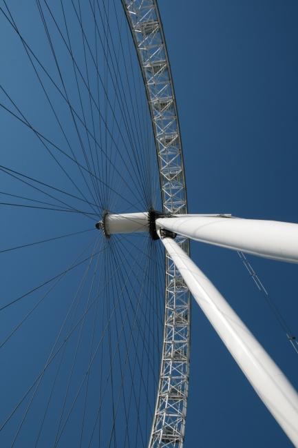 London Eye pivot,
