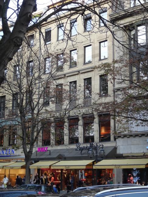 Galerie Volmer, Kult, Leyesieffer, Geschäftshäuser on Kö