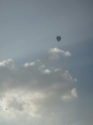 vertical hot air ballon