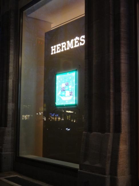 Hermès window, Düsseldorf, a ship!