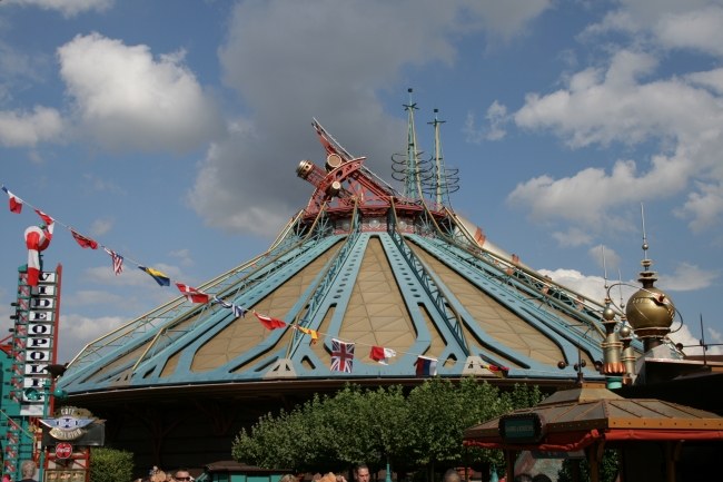 Space Mountain, or as it was called during the design phase, Dscovery Mountain (the Paris sibling of Tomorrowland's Space Mountain)