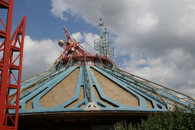 Space Mountain roof,