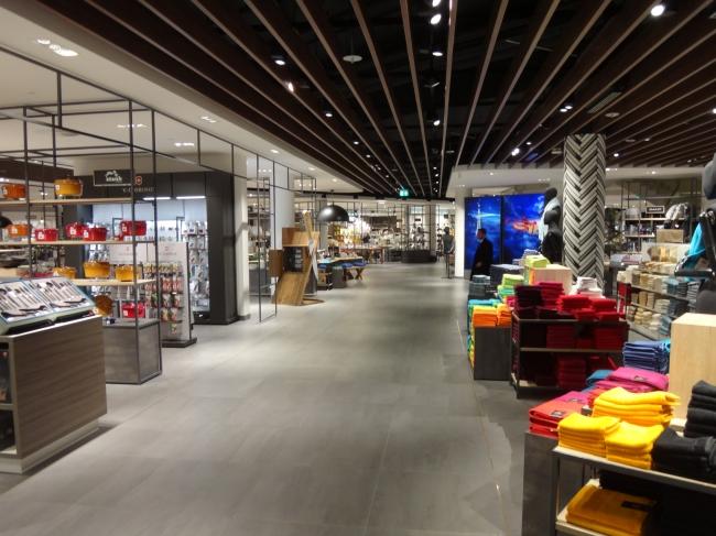 Carschhaus Düsseldorf underwent massive renovation (this here is Carshhaus lower level),